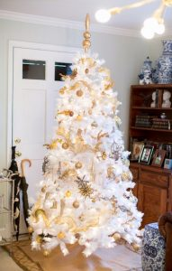 Gold and white tree